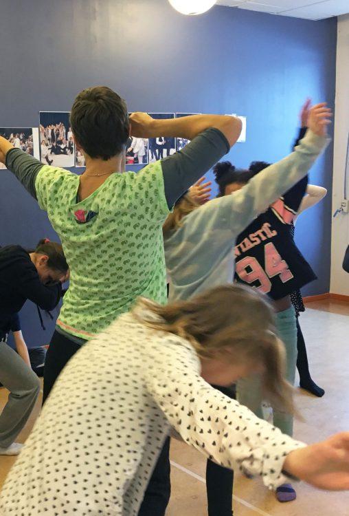 Här dansas Stopp! Ingen får passera! i åk 4 Foto: Katarzyna Ochotnicka